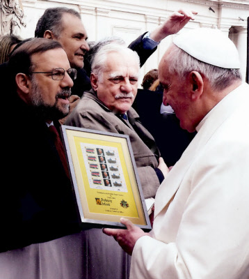 tristan presentation to h.h. pope francis